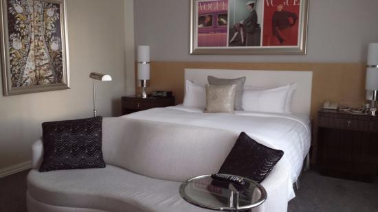 Loews Hotel Vogue: comfortable room