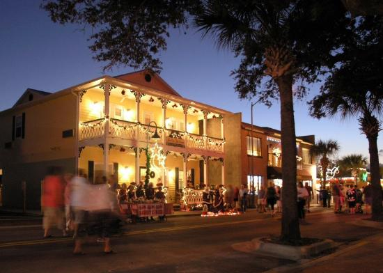 Inn On The Avenue Bed & Breakfast: Great events on Flagler Ave.
