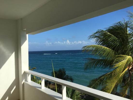 Couples Tower Isle: Room View - Deluxe Ocean