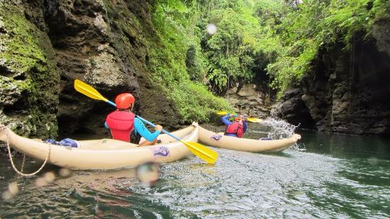 Rivers Fiji - Day Adventures: kayaking at upper Nabua river