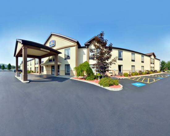 Best Western Plus University Inn: Best Western PLUS in Olean