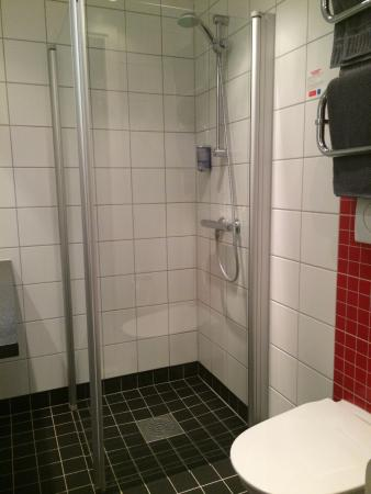 Connect Hotel City: Ванная комната