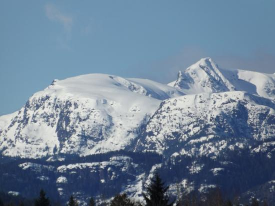 Comox Valley mountain Views