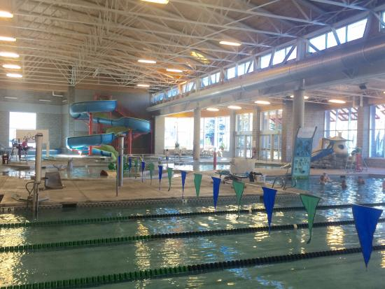 Avon Recreation Center: Overview of the pool as seed from next to our 5-lane lap pool