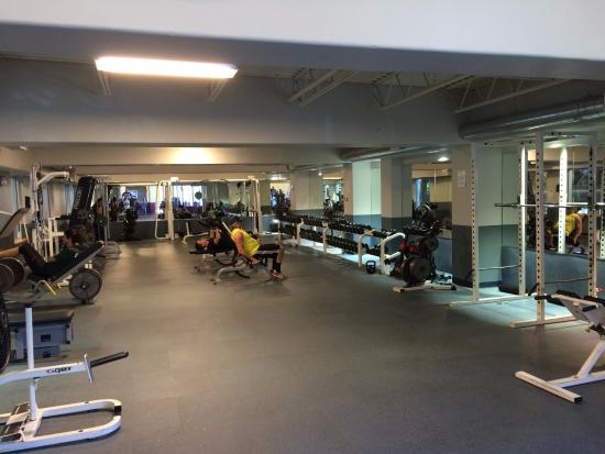 Avon Recreation Center: A brief glimpse of our free weight room