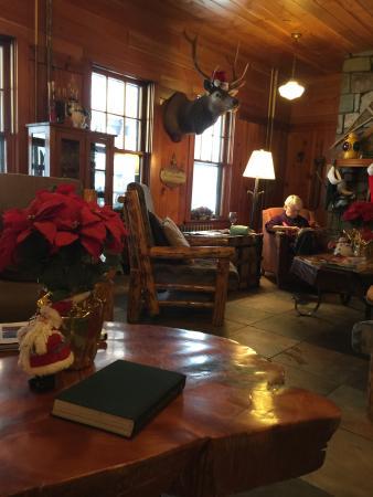 Essex, Монтана: The lodge