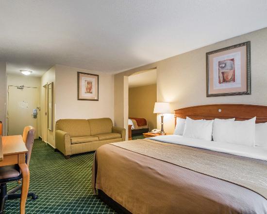 Ashland, NH : Guest Room
