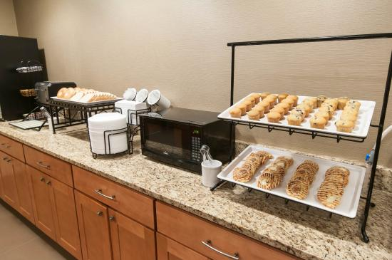 Comfort Inn Quantico: Breakfast