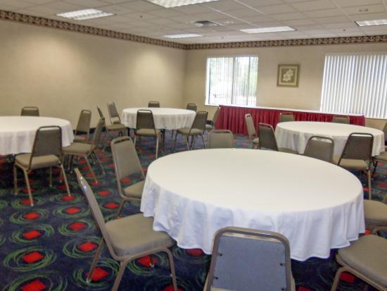 Grantville, Pensylwania: Banquet Room