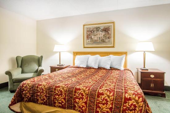 Daleville, AL: Guest Room