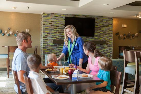 Brandon, Dakota del Sur: Great space for family breakfasts