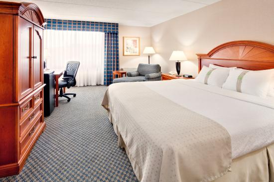 Holiday Inn Auburn - Finger Lakes Region: Relax in our guest rooms