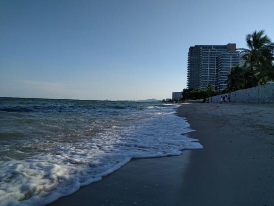 เชอราตัน หัวหิน รีสอร์ท แอนด์สปา: Beach