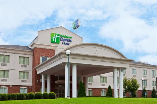 Photo of Holiday Inn Express Suites Elizabethtown