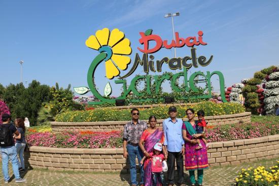 dubai miracle garden miracle garden - Miracle Garden Dubai