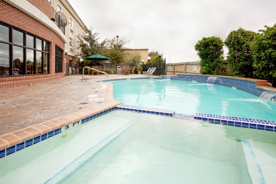 Holiday Inn Express Suites Elgin Updated 2017 Prices Hotel Reviews Tx Tripadvisor