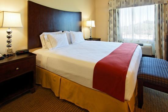 Cleburne, TX: Jacuzzi Suite