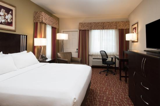 Holiday Inn Express Spokane Valley: King Executive Guest Room