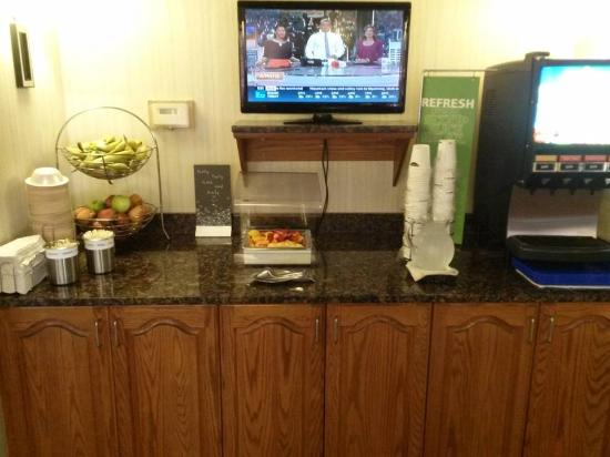 Hampton Inn Springfield South: Breakfast