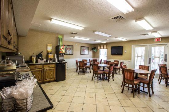 Quality Inn Johnson City: TNBkfast
