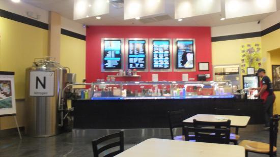 intérieur - Picture of Sub Zero Nitrogen Ice Cream (Sarasota, Clark ...