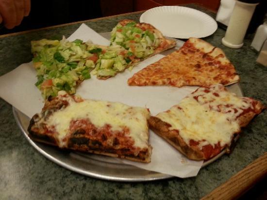 Mamaroneck, NY: A variety at Sal's Pizzeria !