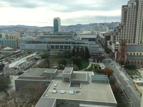 The St. Regis San Francisco: Grand Deluxe Room View of Yerba Buena Garden