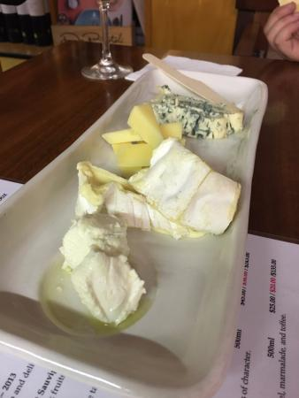 Dixons Creek, ออสเตรเลีย: can you tell i love cheese?