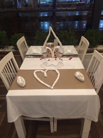 Cadde Baron Restaurant: Table setting