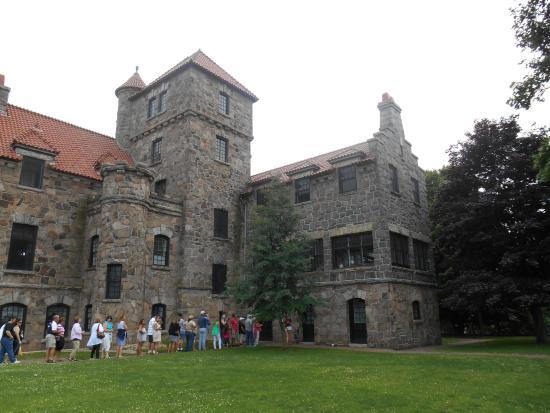 Hammond, Νέα Υόρκη: Singer Castle Tours Available