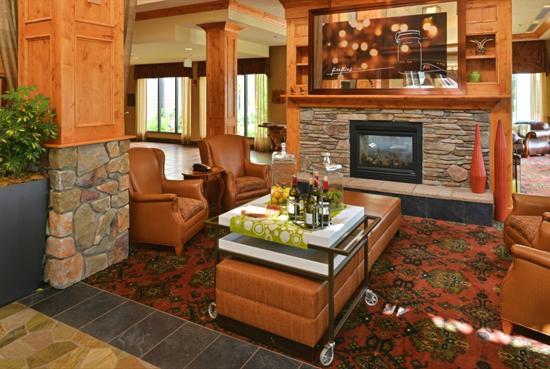 hilton garden inn kalispell lobby hotel in kalispell mt - Hilton Garden Inn Kalispell