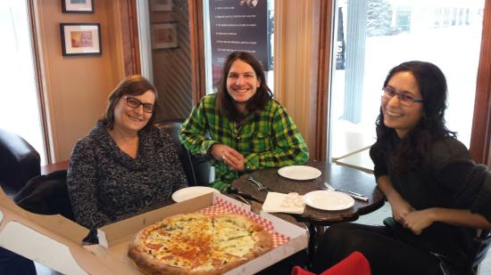Cowansville, Canada: Pizza lovers.
