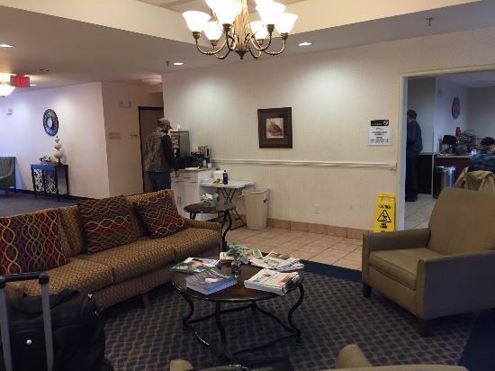 Surestay Plus By Best Western Coralville/ Iowa City: Lobby