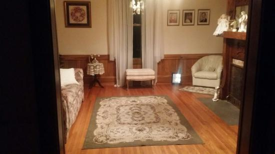 Sparta, TN: Miss Eula Mae's Bed & Breakfast Has everything you need for a comfortable stay. A 50'S ROOM for