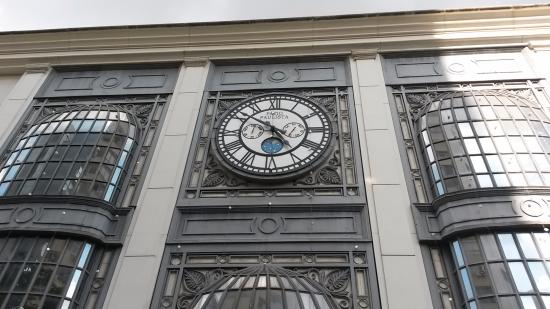 Attractive Shopping Patio Paulista: Relógio