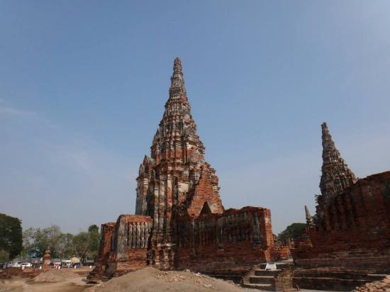 20160107_161715_large.jpg - Picture of Ayutthaya ...