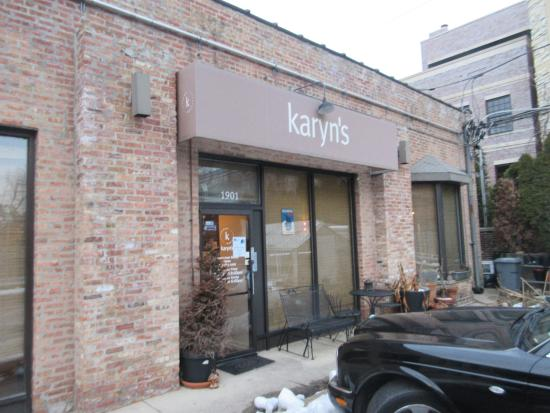 Karyn's Cooked: spa entrance from the Karyn's parking lot