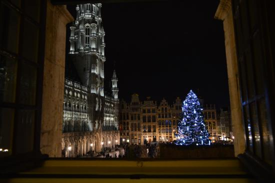 Hotel Residence Le Quinze: Light and music show for Christmas