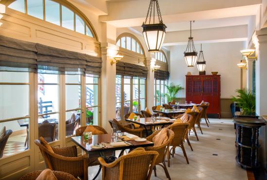 Raffles Hotel Le Royal: RLR_FB_Cafe_Monivong_P_(2)