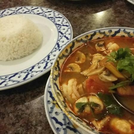 Rice Bowl Thai Cafe: Beste maten i byen/ best food in town
