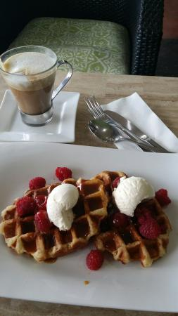 Northam, Australia: Breakfast waffles