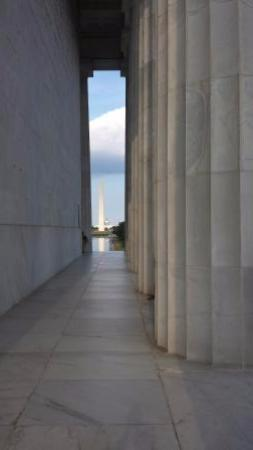 DC Insider Tours: Washington Monument from Lincoln Memorial