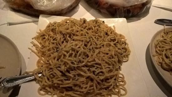 San Mateo, CA: Garlic Noodle