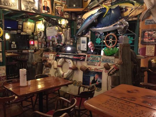 Latitude 22+ Ocean View Roadhouse Bar