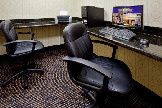 Exmore, VA: Our business center is available for our guests 24 hours a day