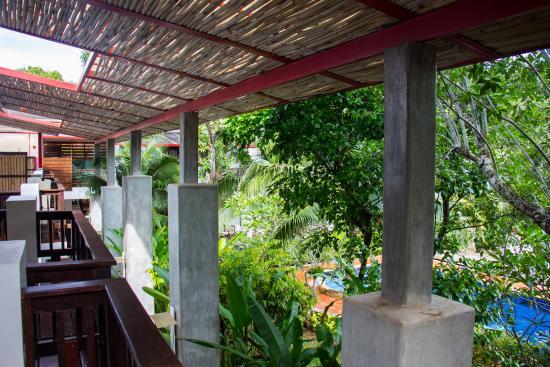Duang Jai Resort: Pool view