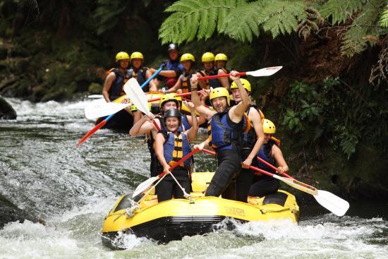 Okere Falls, Nueva Zelanda: Yeehaaaa