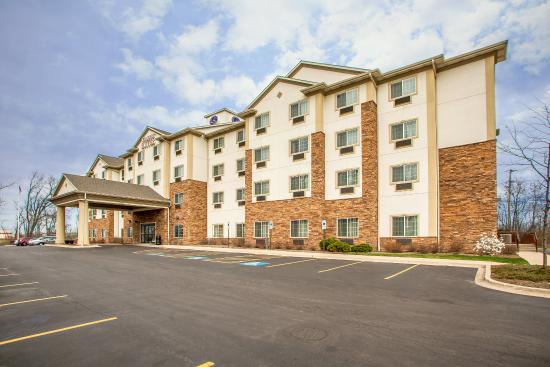 Photo of Comfort Suites Grayslake