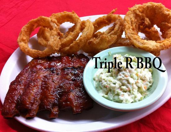 Scottsboro, AL: Triple R BBQ Ribs homemade Slaw & Onion Rings