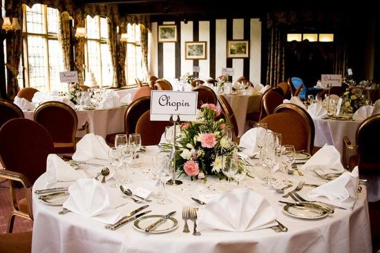 Stone, UK: Banquet Table